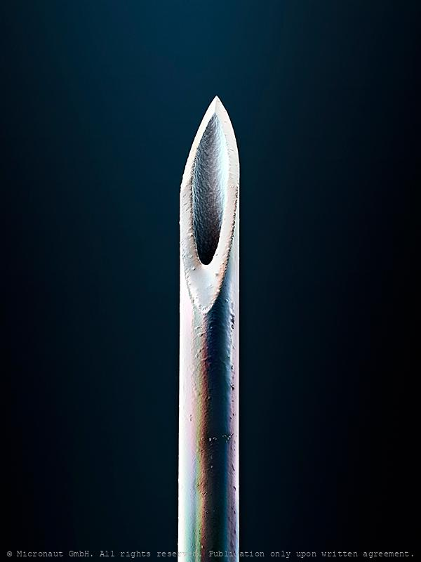 Tip of a hypodermic needle